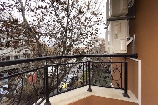 Тераса с изглед на север във ваканционен апартамент в Сарафово Бургас